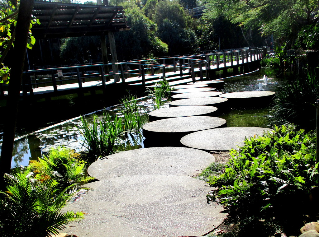 Like these round steps in Roma st. gardens by 777margo
