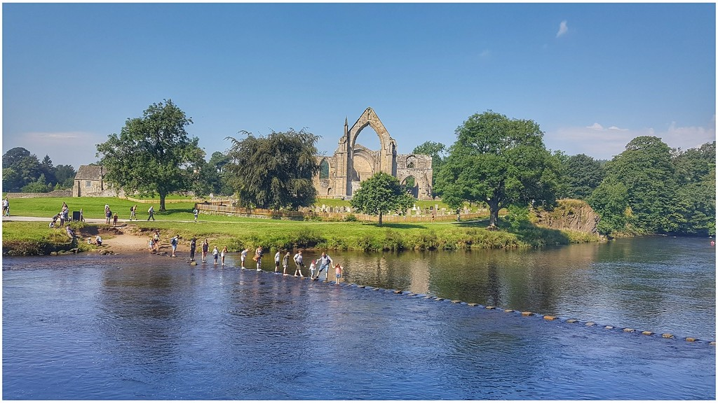 Bolton Abbey and the stepping stones by lyndamcg