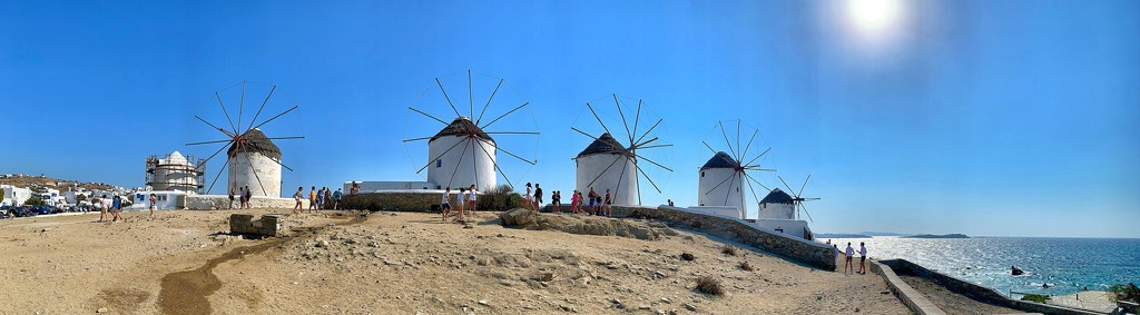 Iconic view of Mykonos.  by cocobella