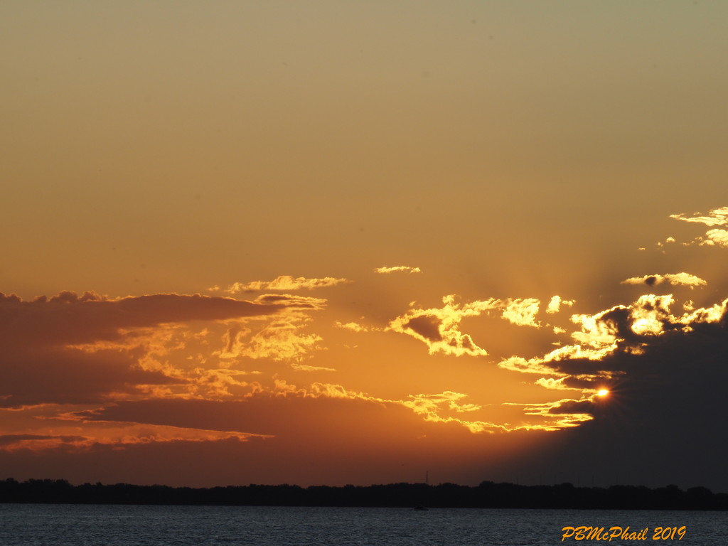 Clouds on Fire 2 by selkie