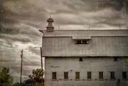 4th Sep 2019 - Barn of many windows