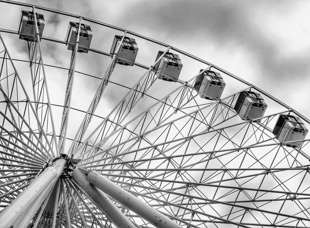 The Big Wheel B&W by 4rky