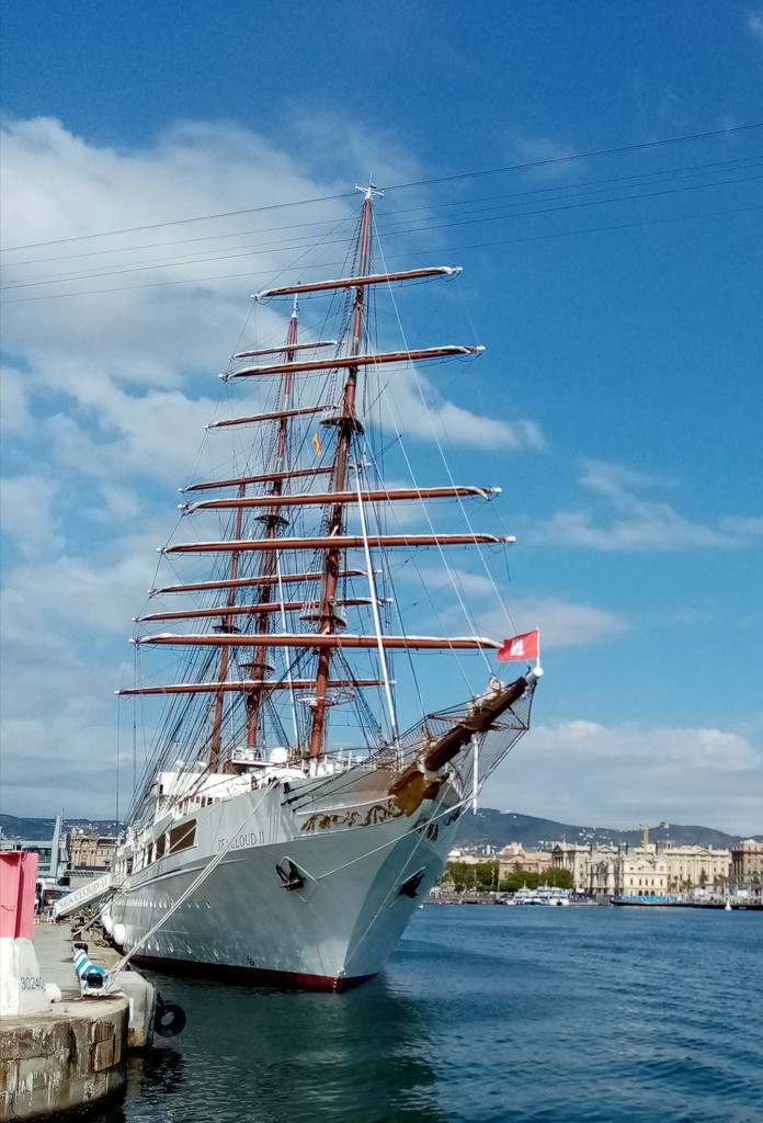 Tall Ship In Barcelona  by g3xbm