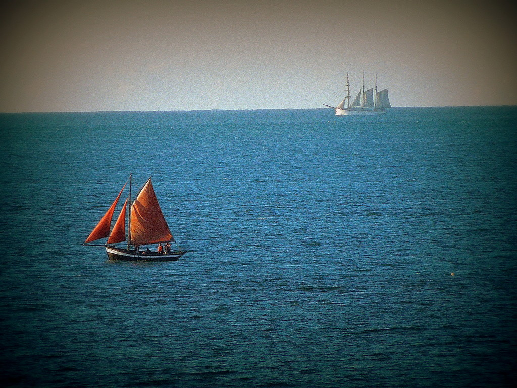 Old sailboats by etienne