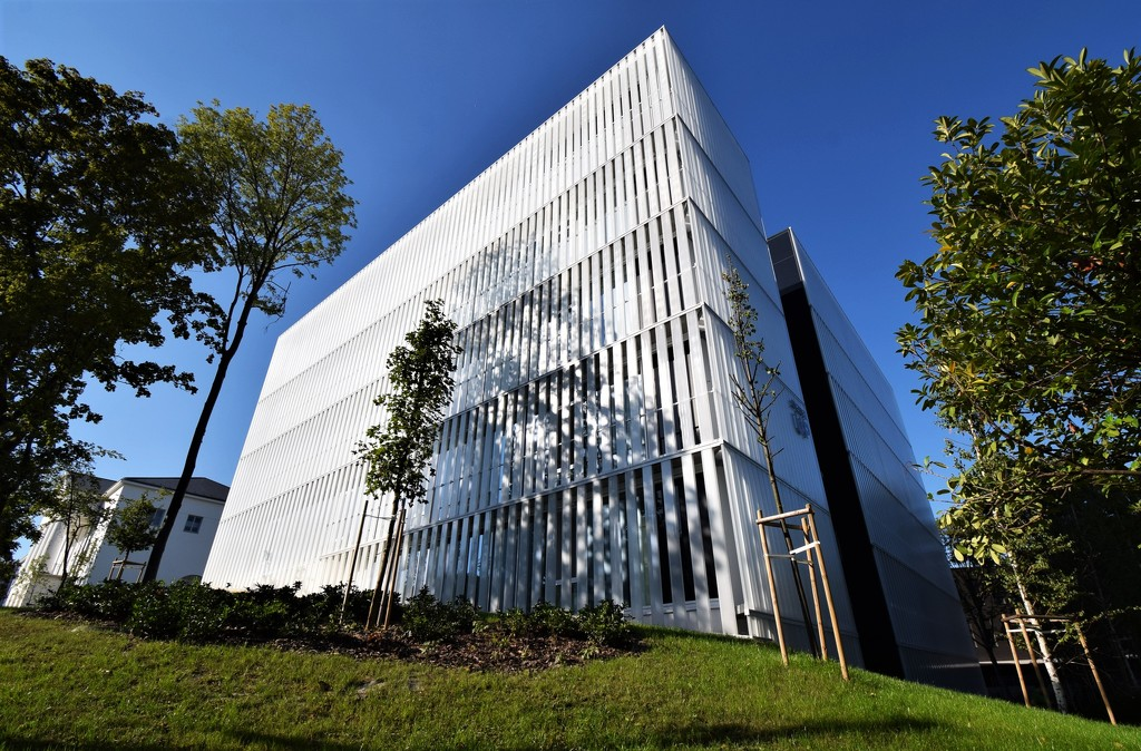 Moholy - Nagy University of Art (2) by kork