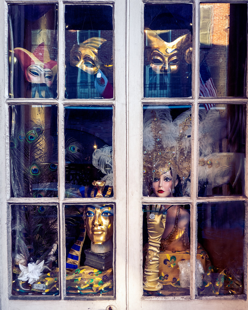 Faces in the Glass by rosiekerr