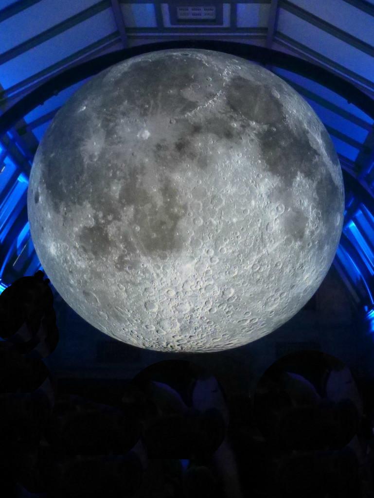 Full Moon by 30pics4jackiesdiamond