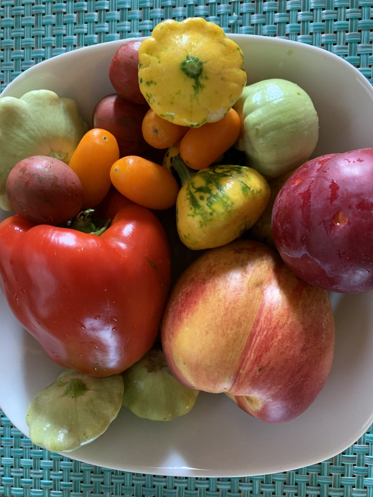 Fruit and Veggies by shutterbug49