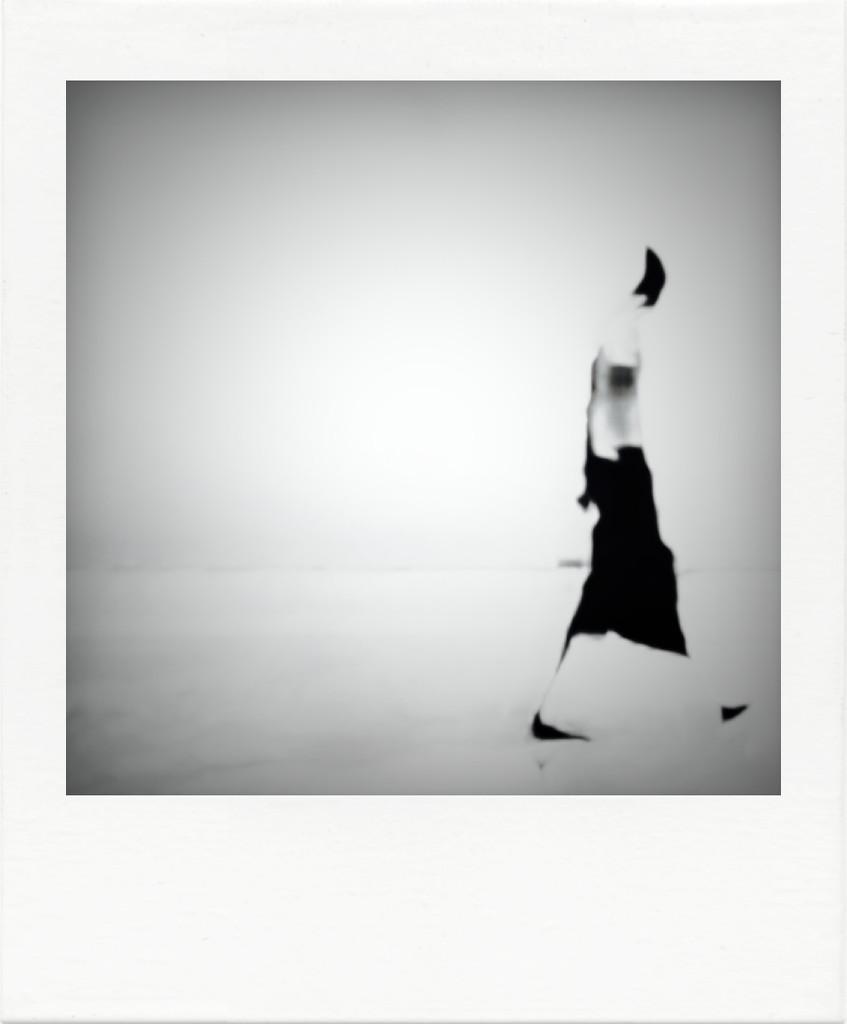 Sleep walking 🚶🏻♂️ by joemuli