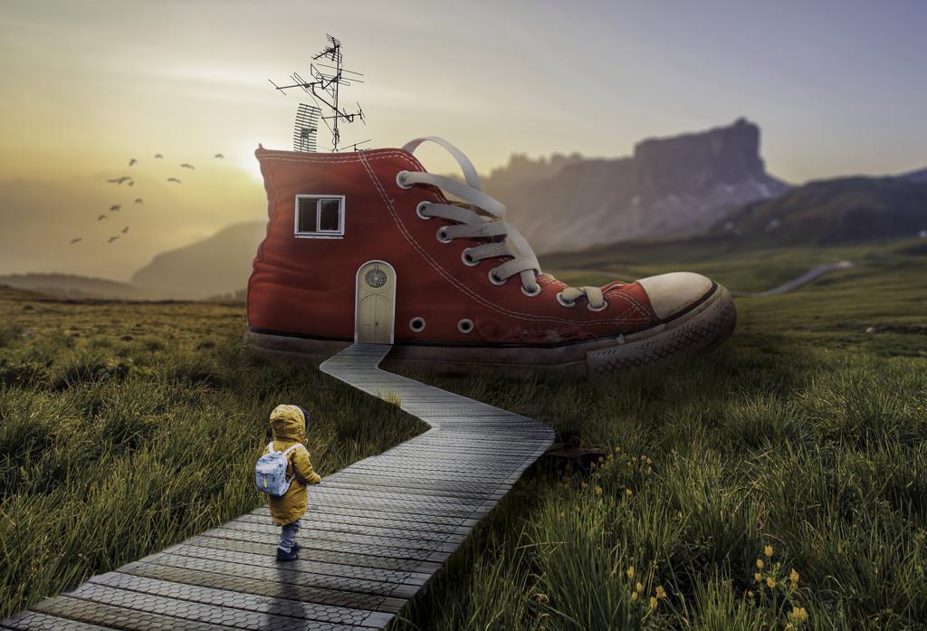 Little House in a Shoe by rosiekerr