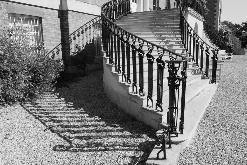 A grand entrance by rumpelstiltskin