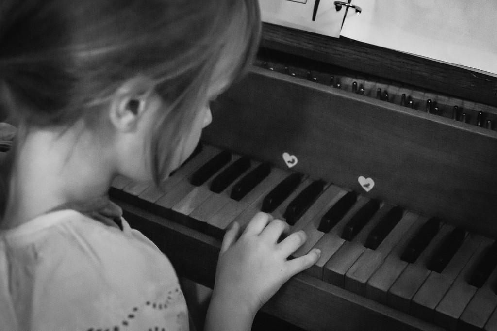 Harpsichord  by tina_mac