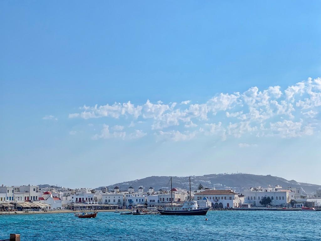 Old harbor of Mykonos.  by cocobella