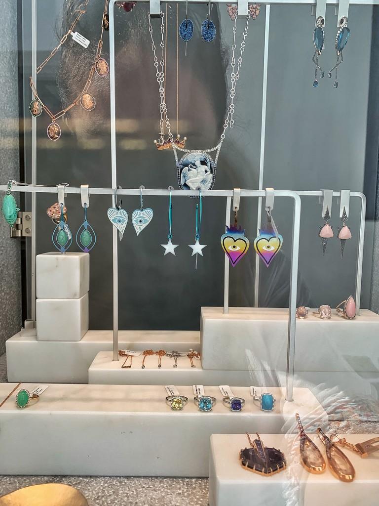 Heart earrings.  by cocobella