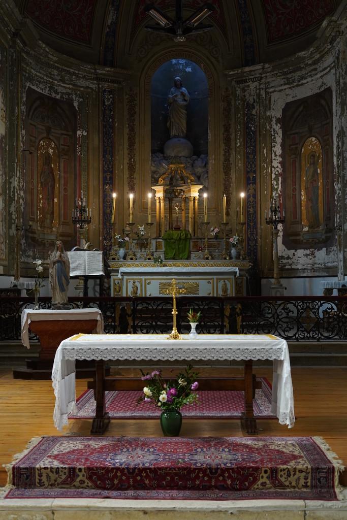 NF-SOOC Day 19: Church of Saint Vivien, Saintes by vignouse