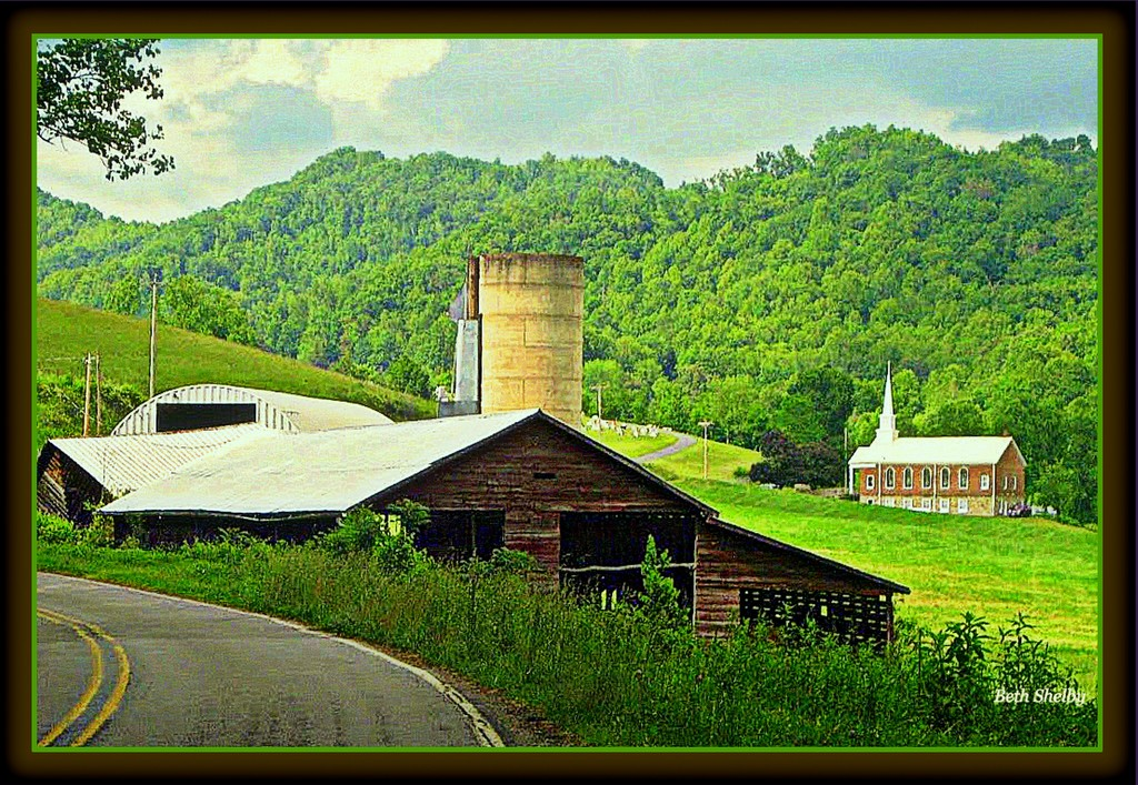 Along a Country Road by vernabeth