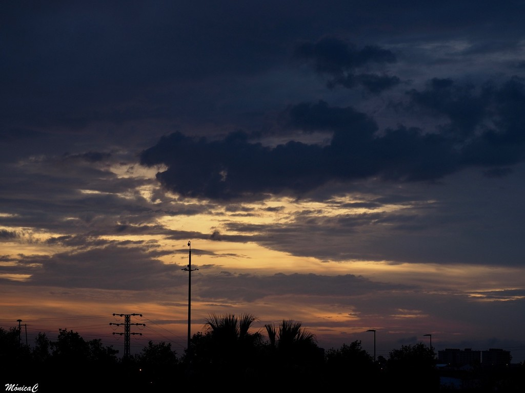 Morning sky by monicac