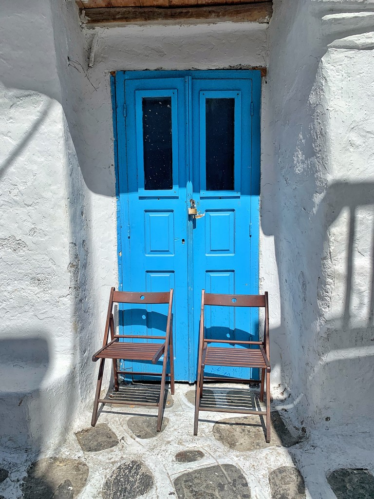 Door with chairs.  by cocobella