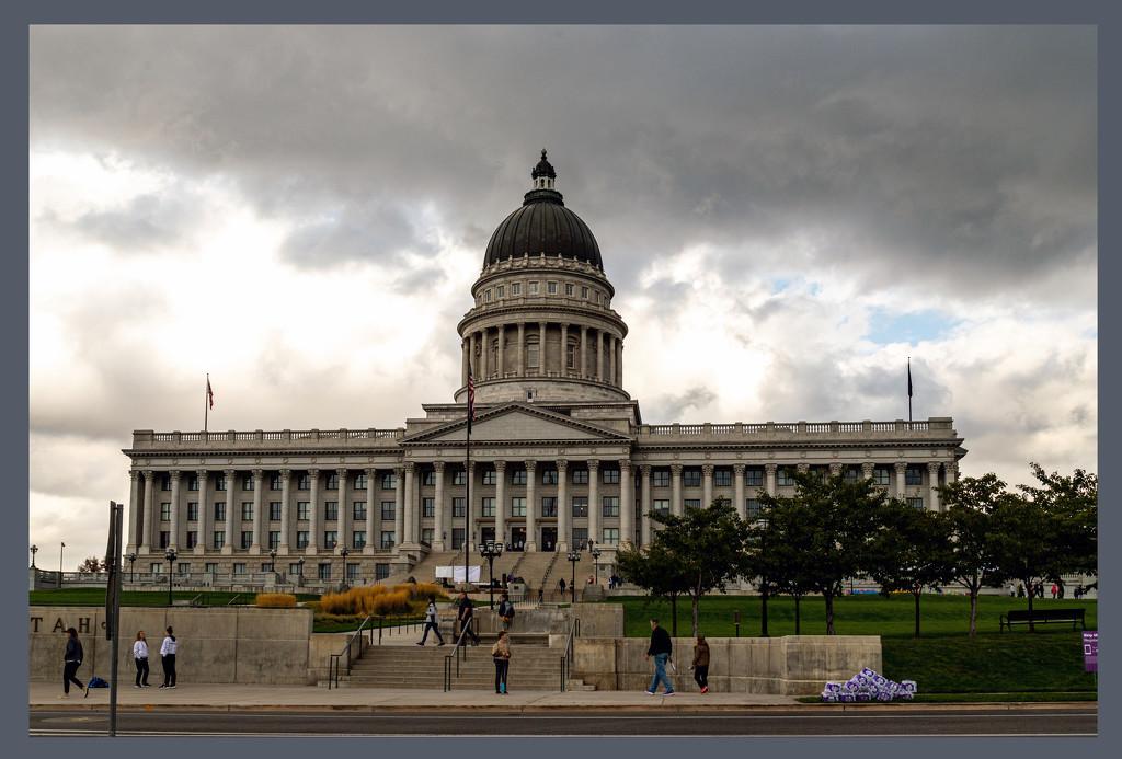 Utah State Capitol by hjbenson