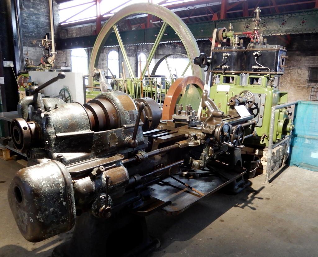 Machinery by busylady
