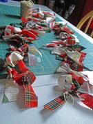 15th Oct 2019 - Christmas garland craft