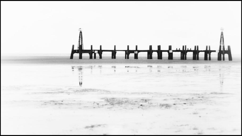 Lytham's old pier  by lyndamcg