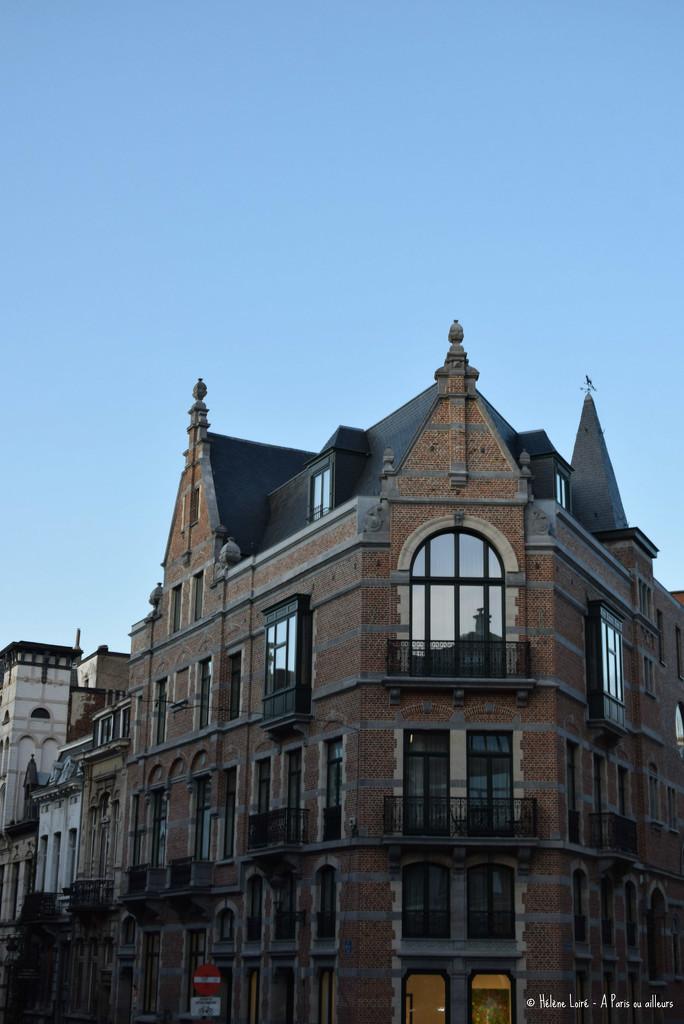 classic Brussels by parisouailleurs