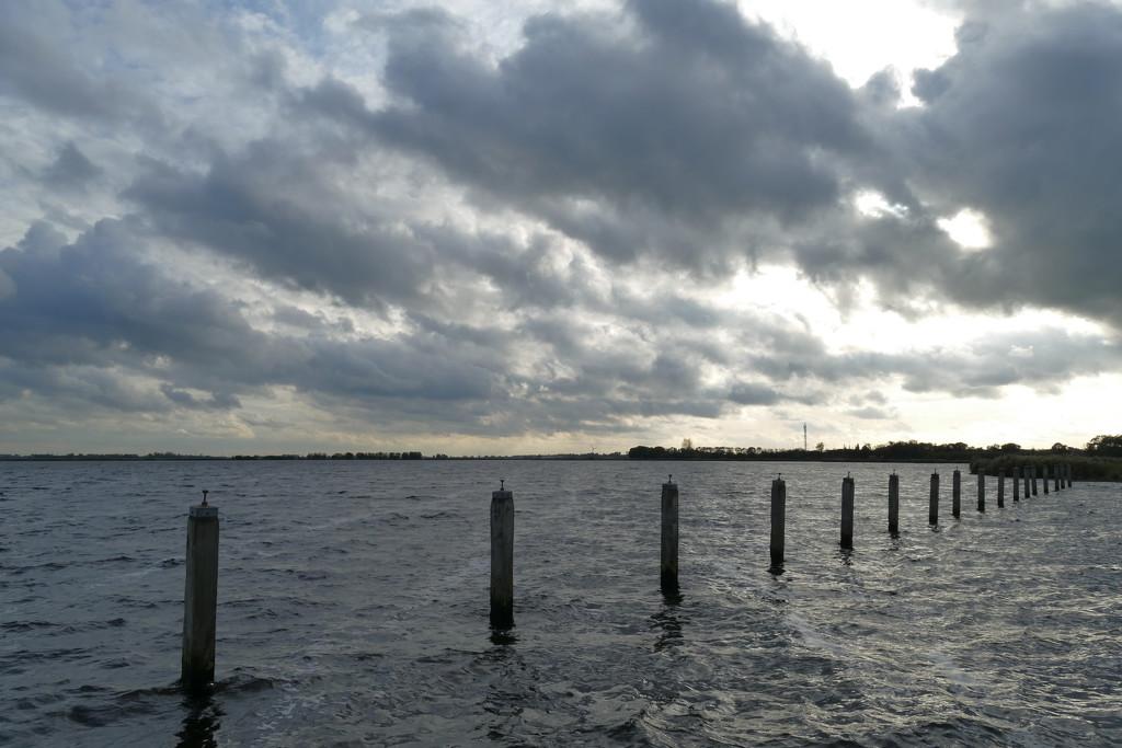 lake and cloud by marijbar