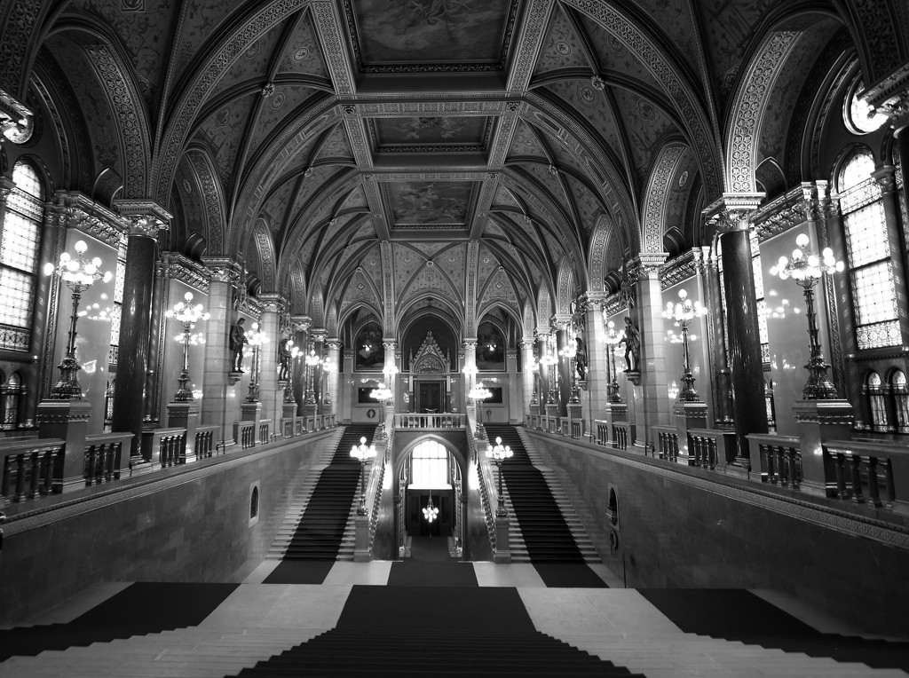 Grand Staircase by blueberry1222