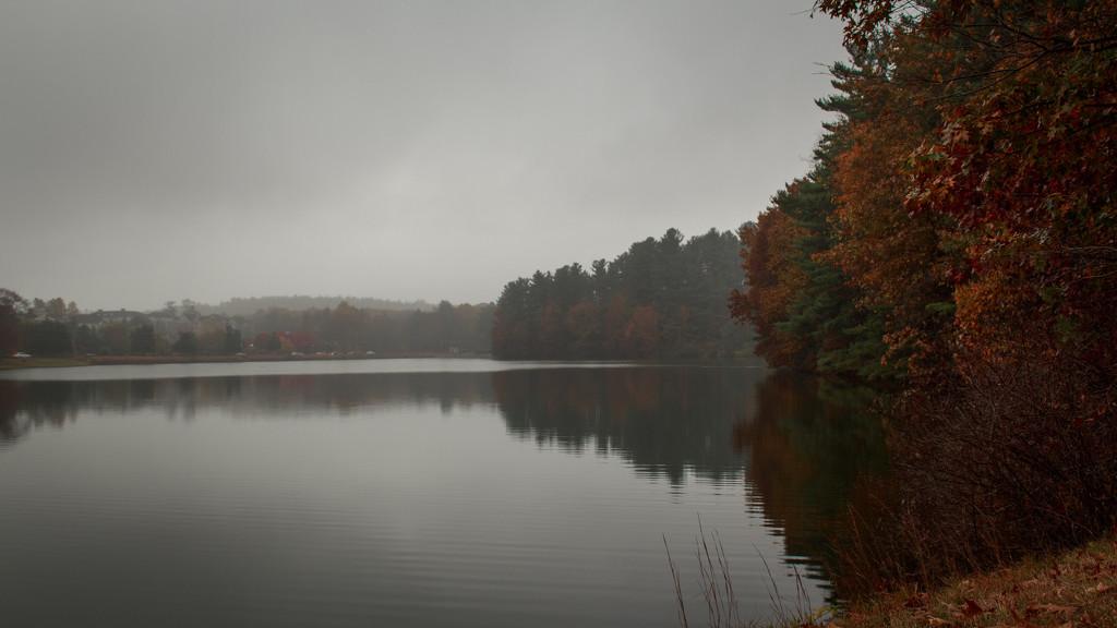 Grey skies at the reservoir. by batfish