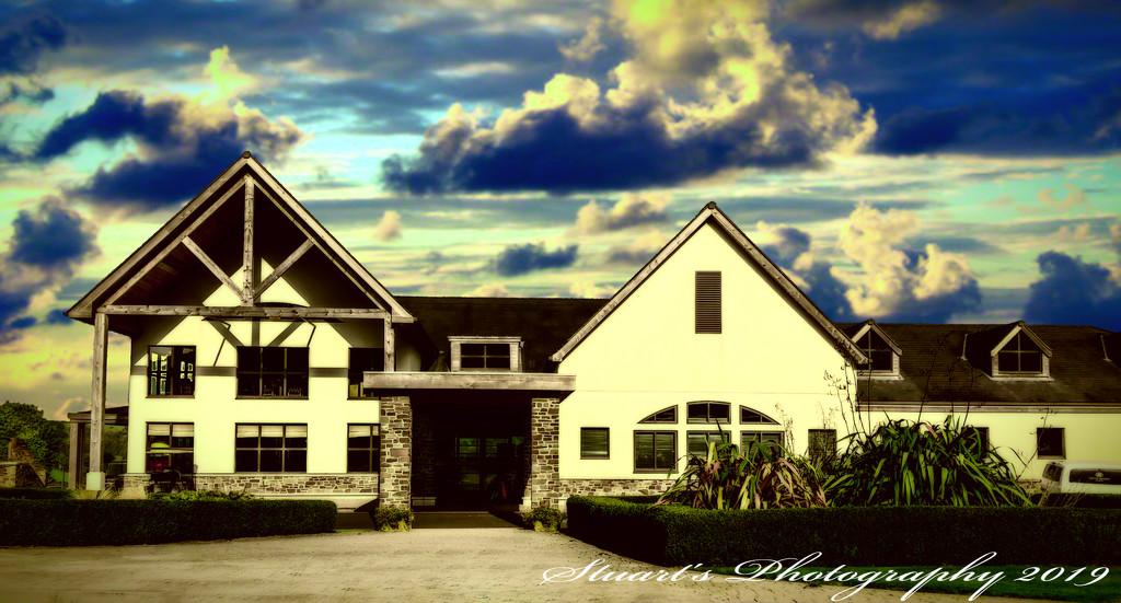 Club House by stuart46