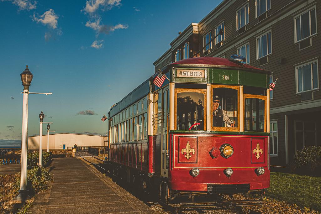 The Astoria Trolley by mamazuzi