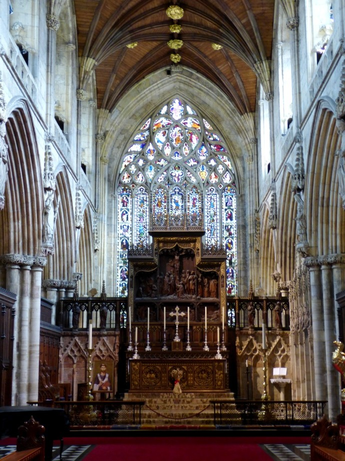 Selby Abbey - Altar by fishers