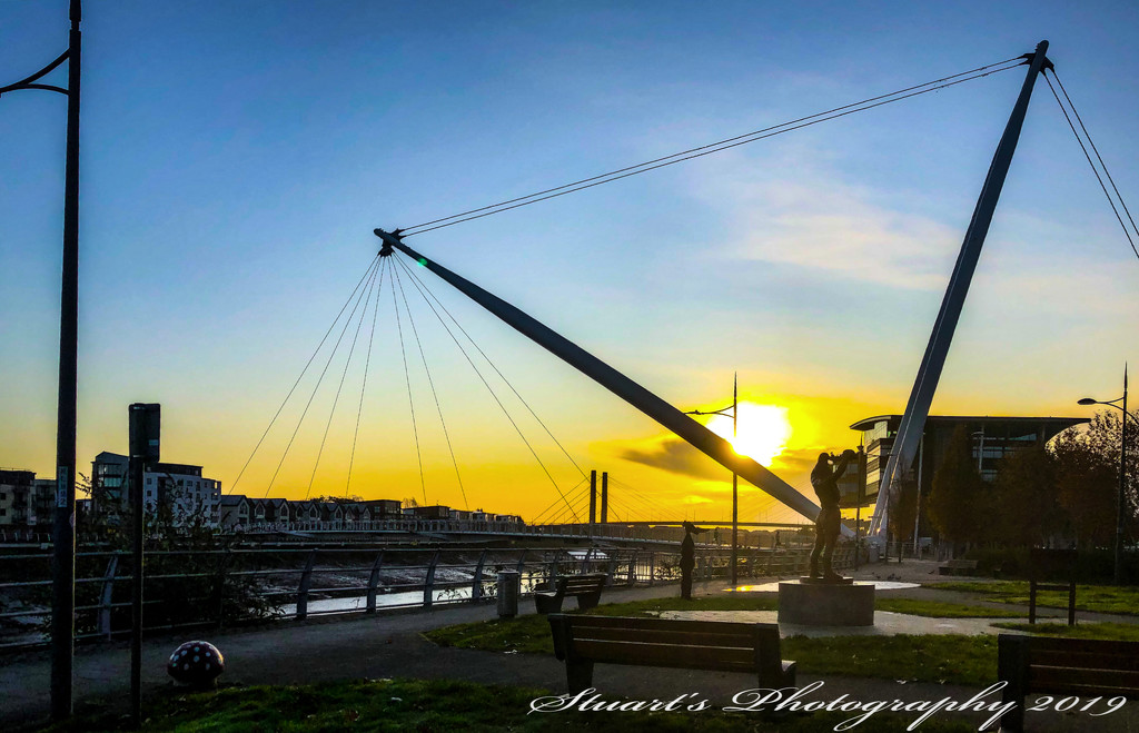 Glow over the footbridge  by stuart46
