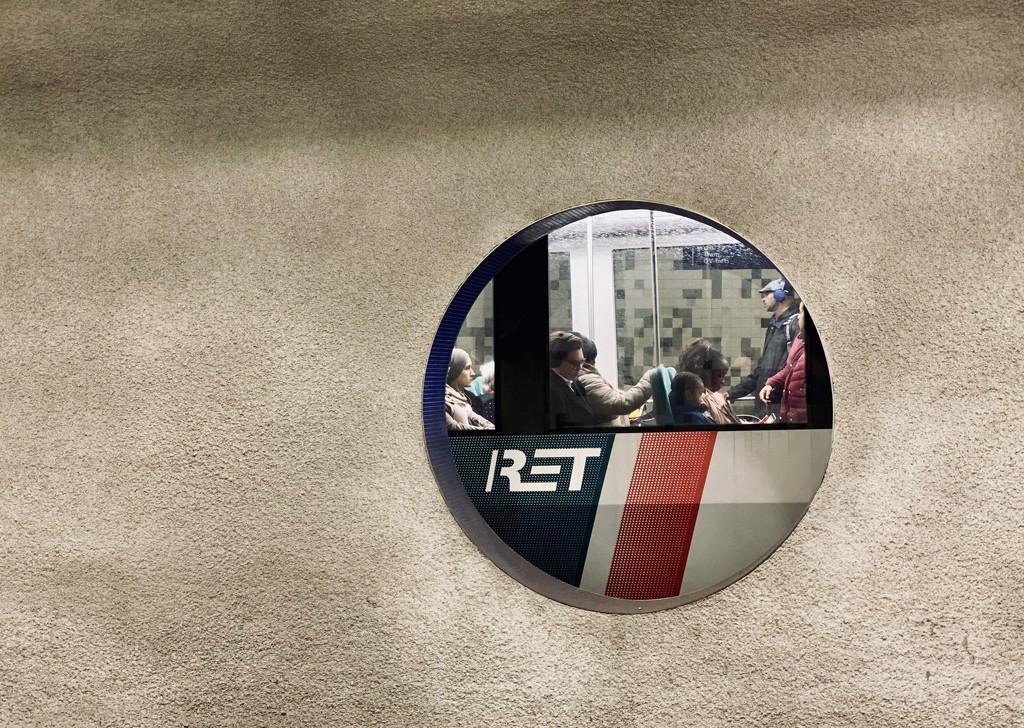Rotterdam metro by stimuloog