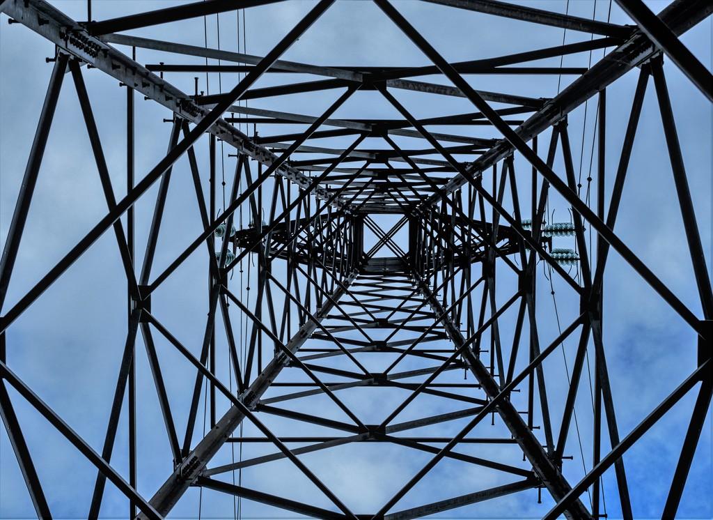 Pylon... by vignouse