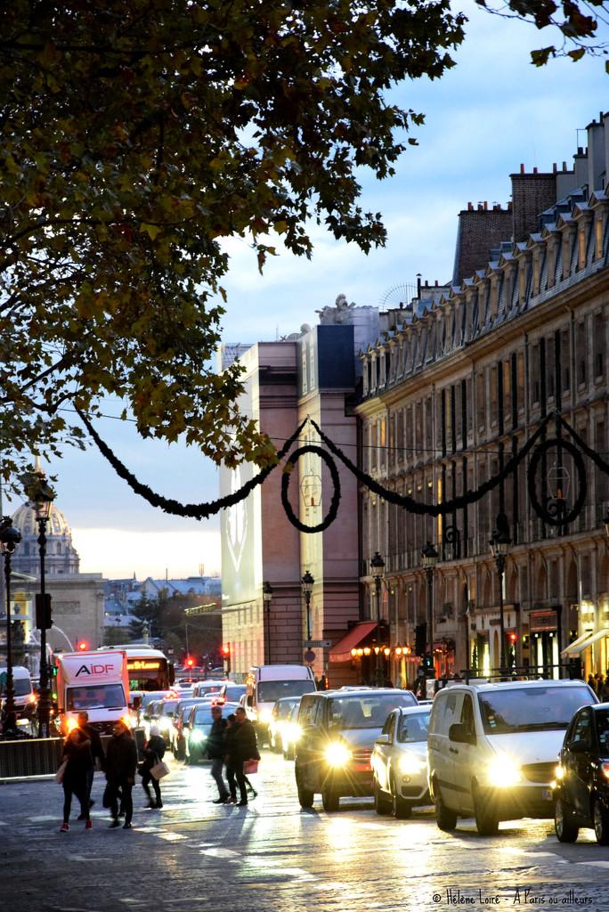 Traffic on Royal street by parisouailleurs