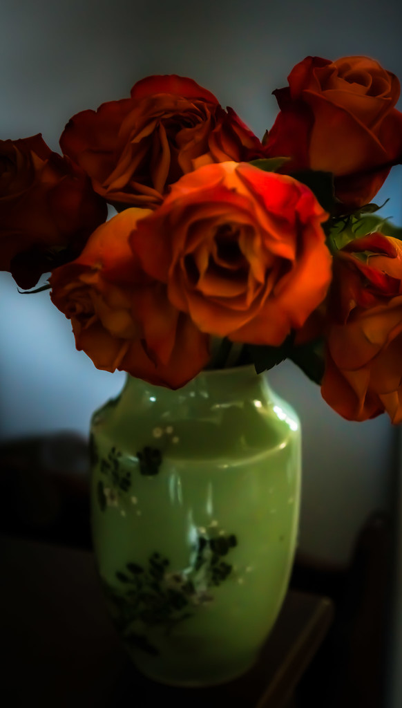 Coral roses in Japanese vase by randystreat