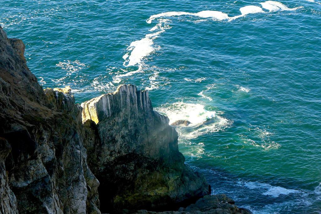 Sea Cliffs by redy4et