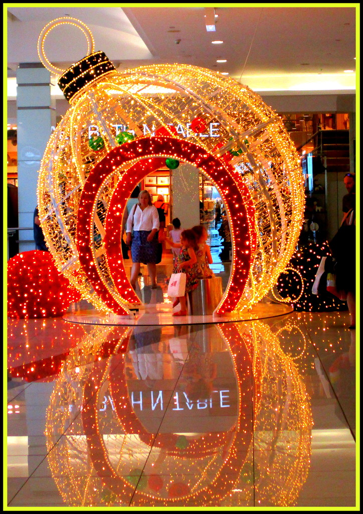 Christmas Decor in the Mall by 777margo
