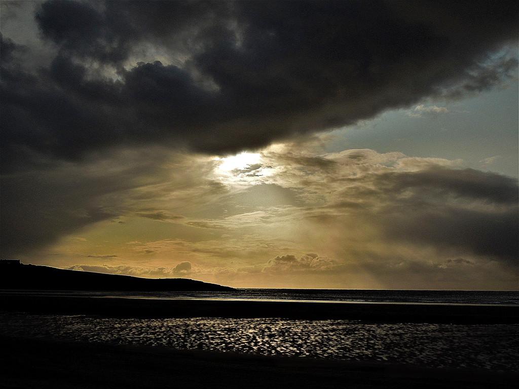 Black cloud by etienne