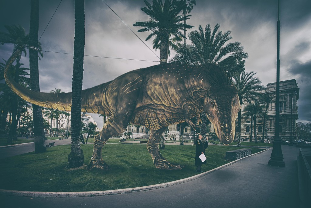 Listen to me: you had never seen that brontosaurus before! by fiveplustwo