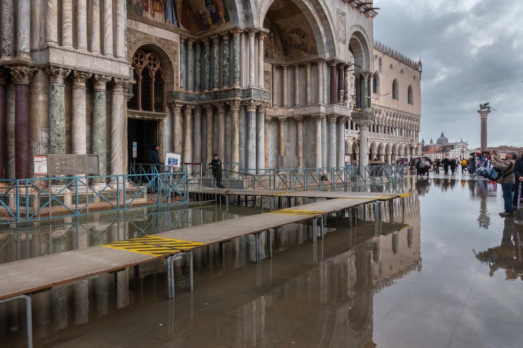 San Marco in Receding High Tide  by jyokota