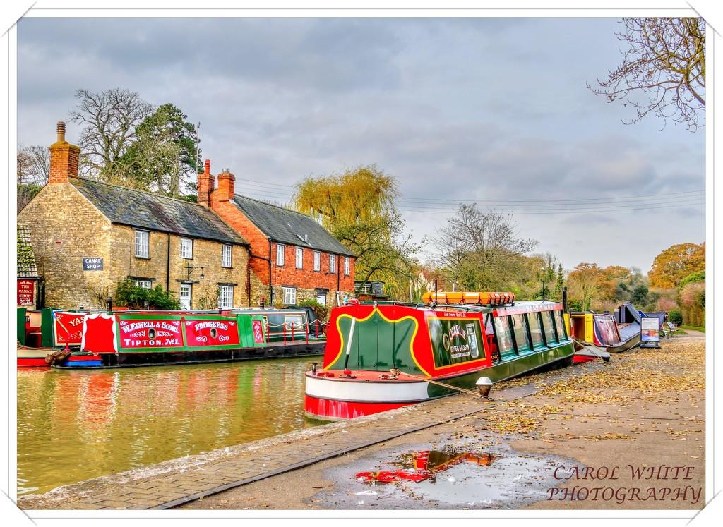 Narrowboats,Stoke Bruerne by carolmw