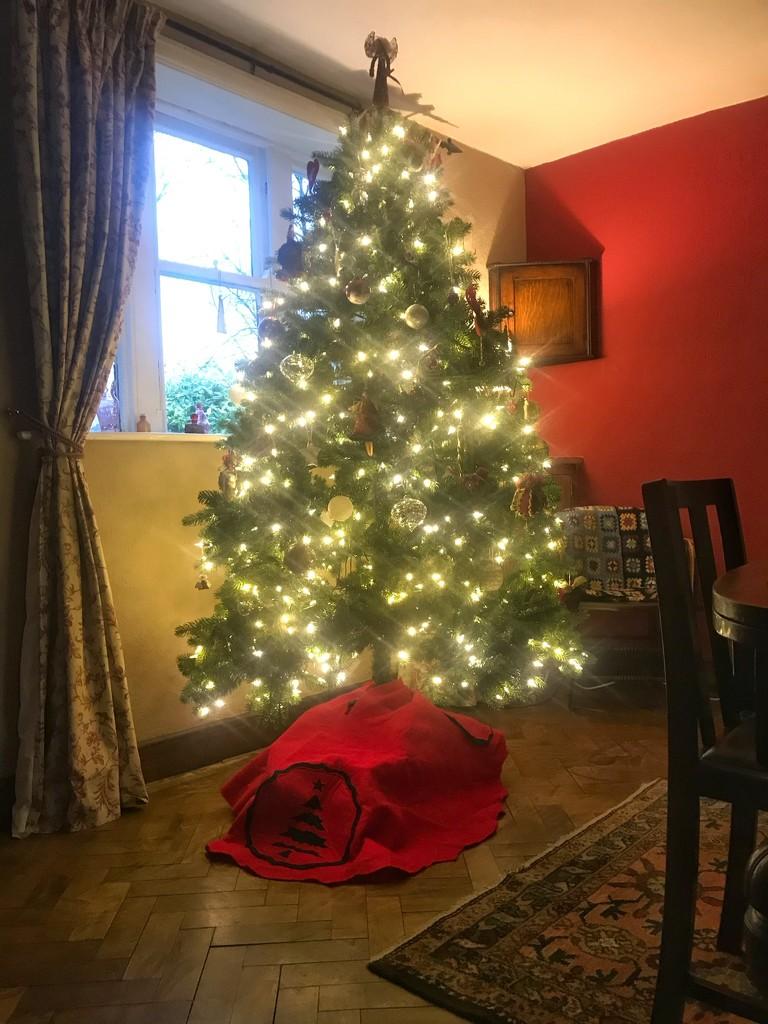 Christmas tree 2019 by happypat
