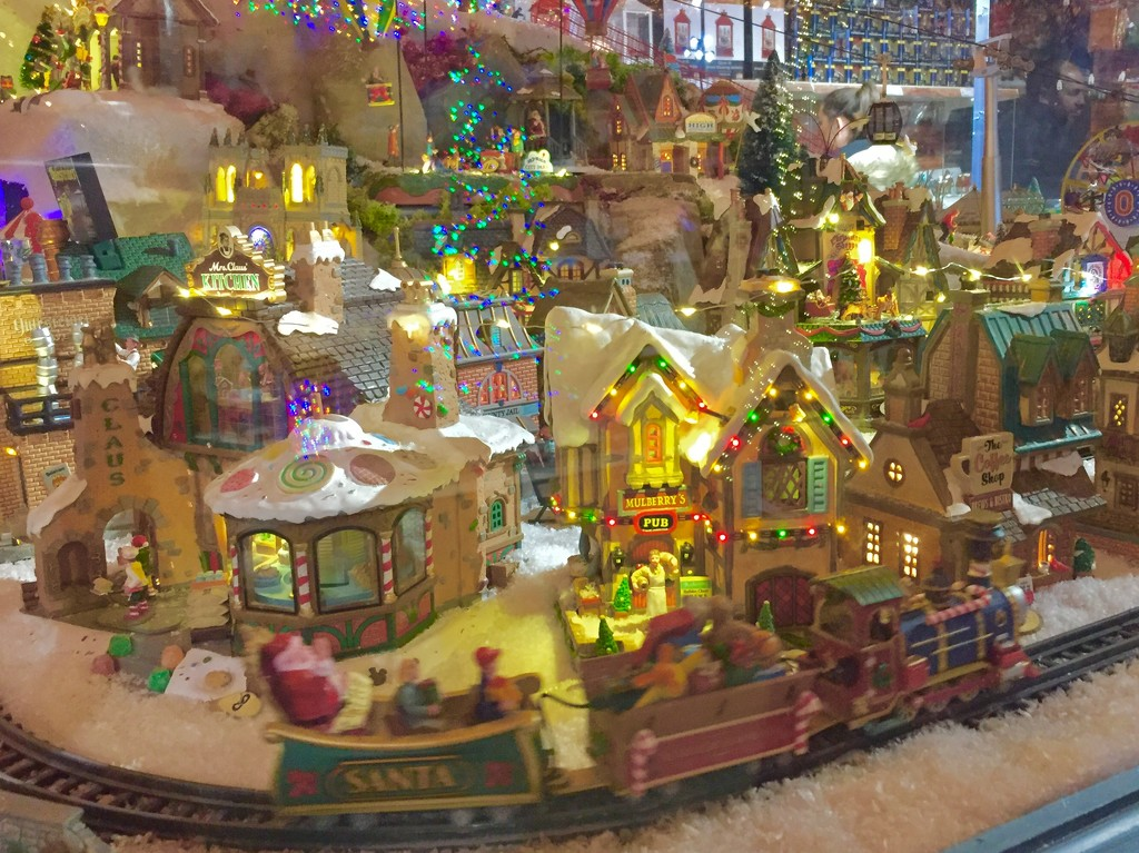 Xmas trainset by lilaclisa