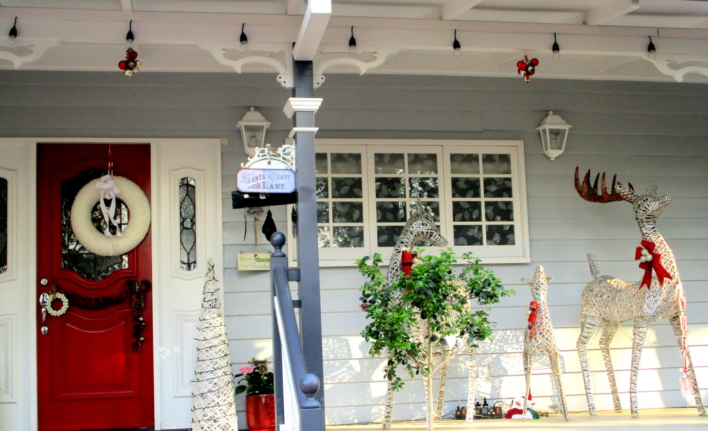 such a beautiful display on the front porch by 777margo