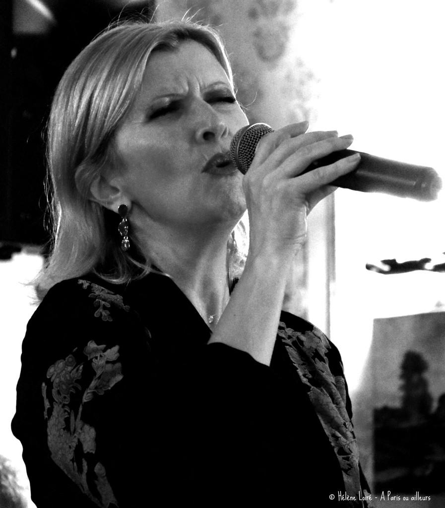 singer by parisouailleurs