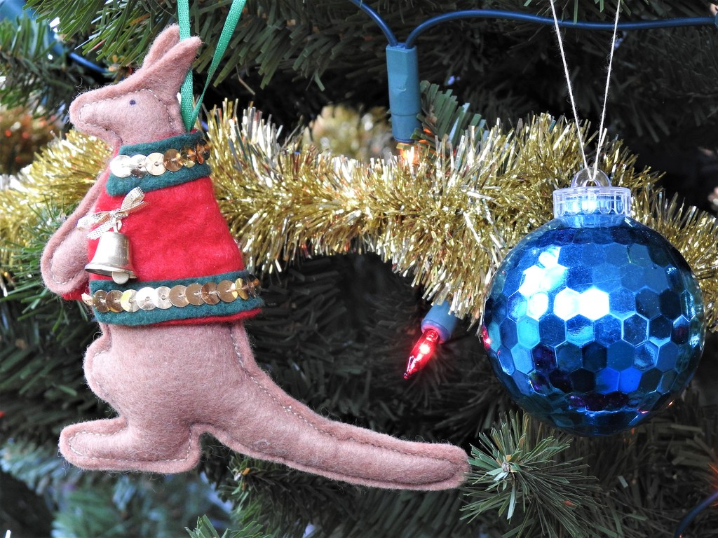 A Favourite Tree Decoration  by susiemc