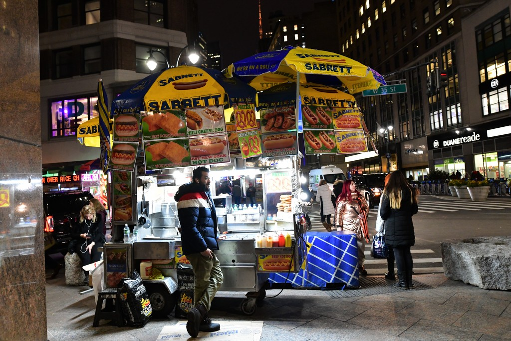 LEW_2154A - Food Cart 35th Street by mbrutus